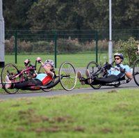 Para-cycling coaching session